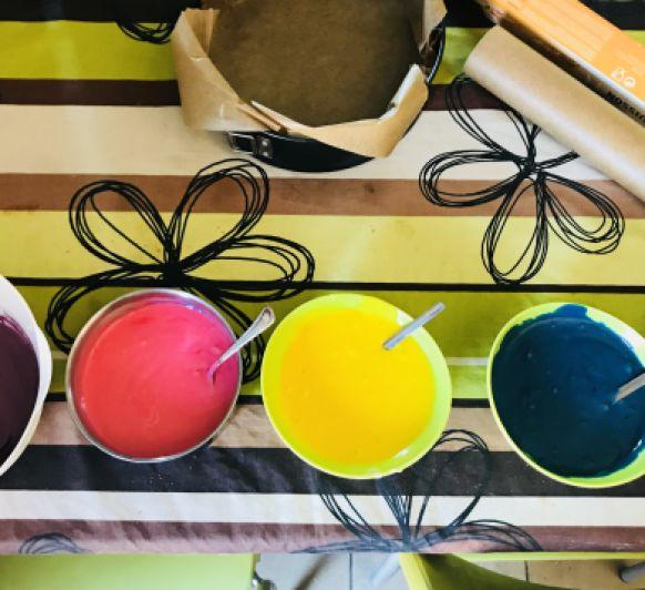 Ehh aquí el resultado de la tarta arcoiris....by Amara