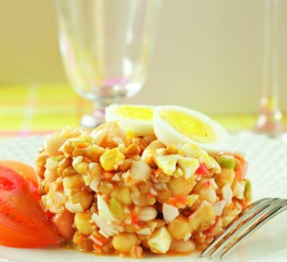 Como hacer salpicón de legumbres con palitos de cangrejo con Thermomix®