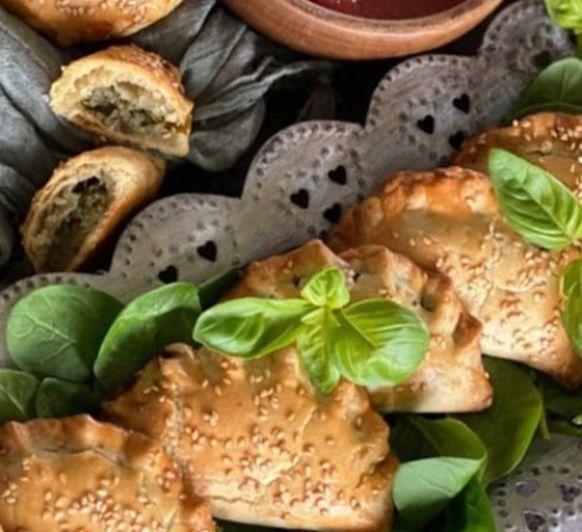 Como hacer empanadillas de calabaza, espinacas y cebolla caramelizada con Thermomix®