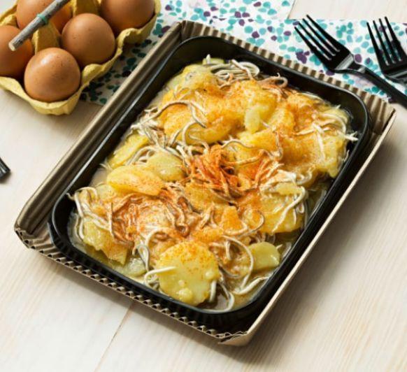 Como hacer huevos rotos con patatas y gulas con Thermomix®
